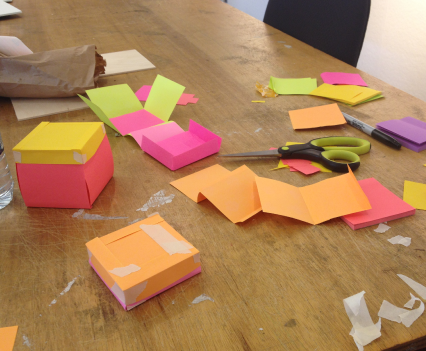 Quickly building concepts with post-it notes